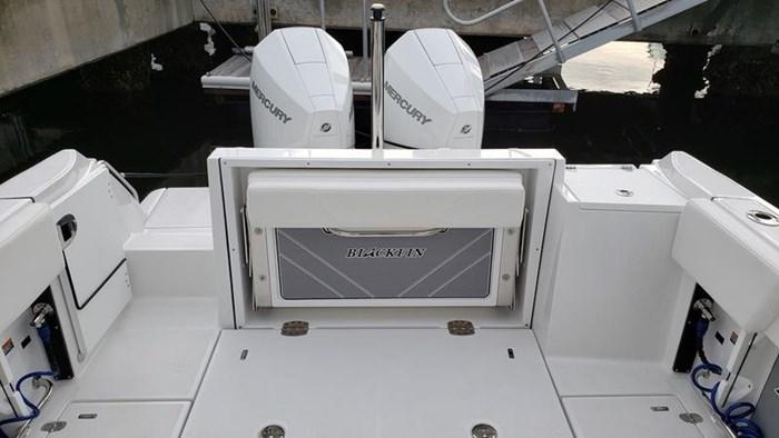 2020 Blackfin 242DC Dual Console Photo 10 of 28