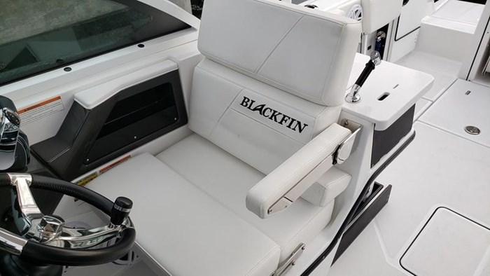 2020 Blackfin 242DC Dual Console Photo 19 of 28
