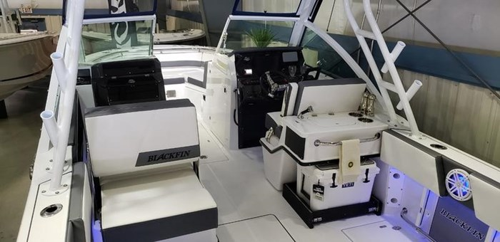 2020 Blackfin 242DC Dual Console Photo 4 of 55