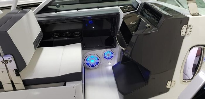 2020 Blackfin 242DC Dual Console Photo 22 of 55
