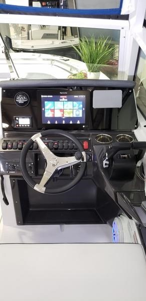 2020 Blackfin 242DC Dual Console Photo 31 of 55