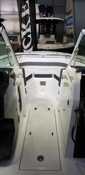2020 Blackfin 242DC Dual Console Photo 38 of 55
