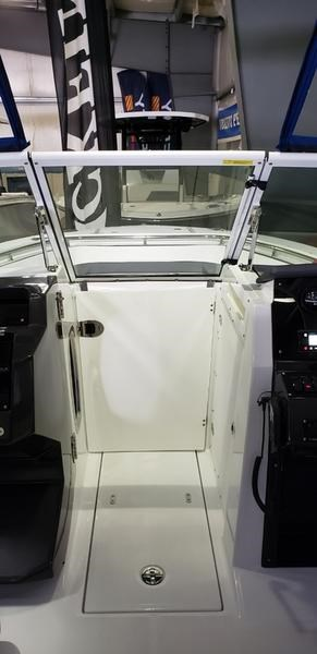 2020 Blackfin 242DC Dual Console Photo 39 of 55