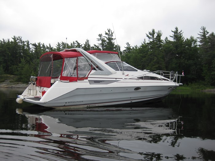 1990 Bayliner 3555 Photo 2 sur 14