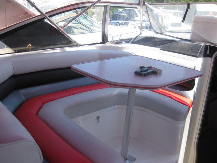 1990 Bayliner 3555 Photo 7 sur 14
