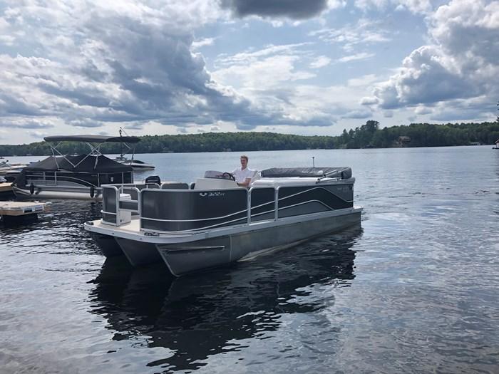 2018 SunCatcher Pontoons by G3 Boats 322 FC Photo 2 sur 9