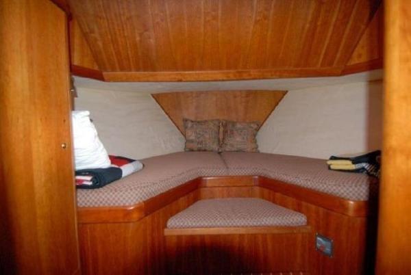 2005 Kanter 59 Sedan Flybridge Photo 14 of 34