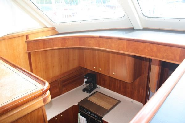 2005 Kanter 59 Sedan Flybridge Photo 25 of 34