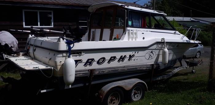 1992 Bayliner 2359 Trophy Cuddy Photo 7 of 7