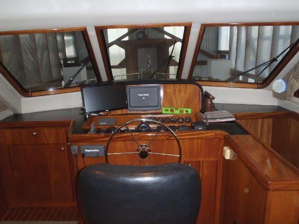 2010 Navigator Californian LRC Photo 22 of 44