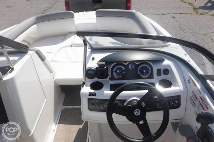 2016 Bayliner 190 Deckboat Photo 4 sur 20