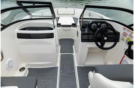 2019 Bayliner VR4 Bowrider Photo 28 sur 36