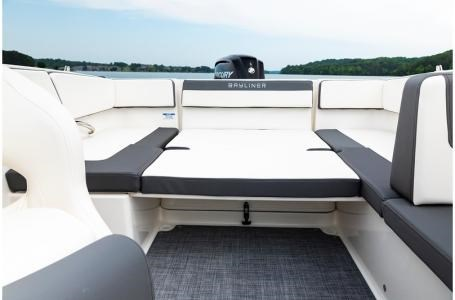 2019 Bayliner VR4 Bowrider Photo 30 sur 36