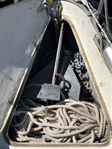 1983 Mirage Yachts 33 Photo 9 sur 59