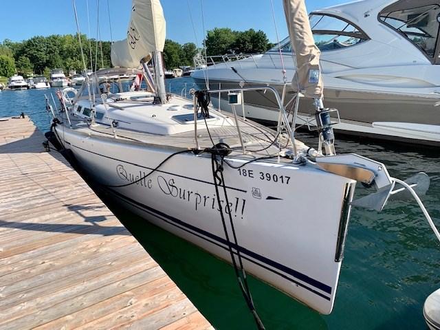 2004 Dufour Yachts 40 Performance Photo 1 sur 36
