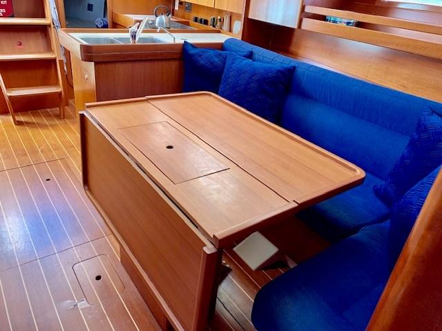 2004 Dufour Yachts 40 Performance Photo 25 sur 36