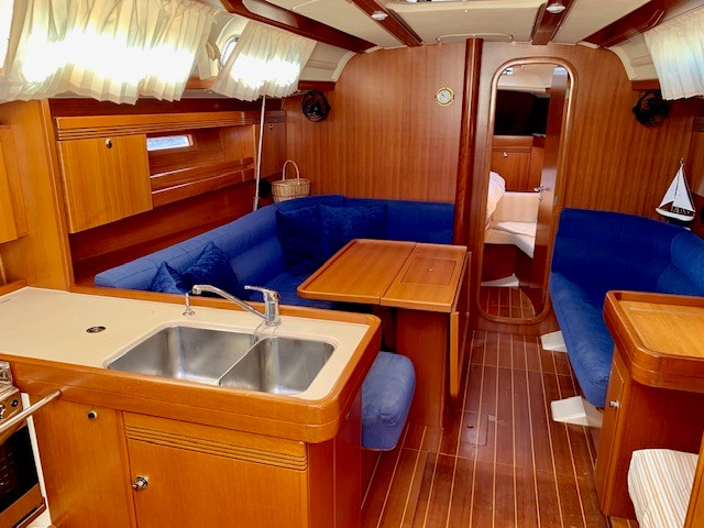 2004 Dufour Yachts 40 Performance Photo 32 sur 36