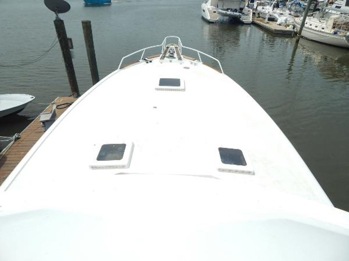 1978 Hatteras 53 Convertible Photo 11 of 28