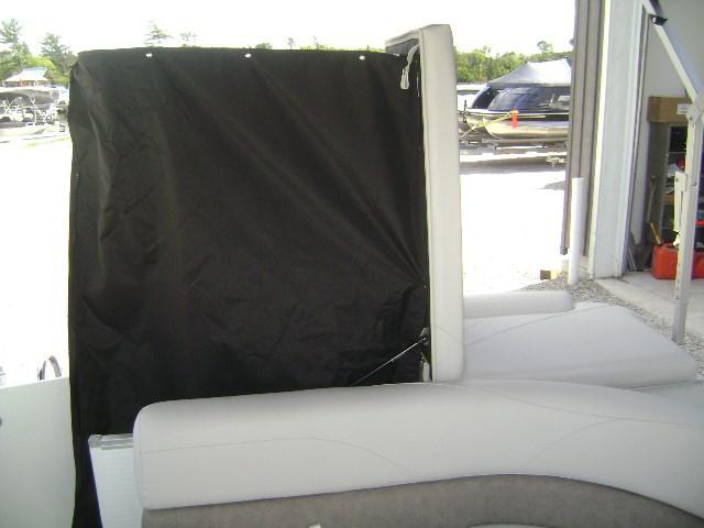 2020 Avalon 2085 LSZ Cruise Photo 9 of 10