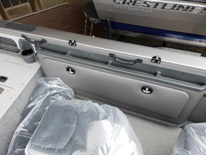 2018 Crestliner 1850 Sportfish Outboard Photo 10 of 14