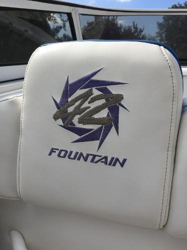 2001 Fountain 42 Lightning Photo 15 sur 69