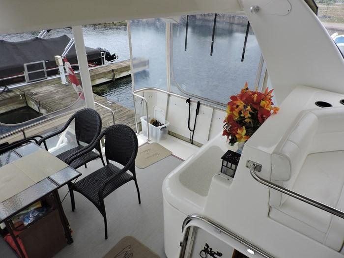 1997 Cruisers Yachts 3650 Motor Yacht Photo 28 of 74