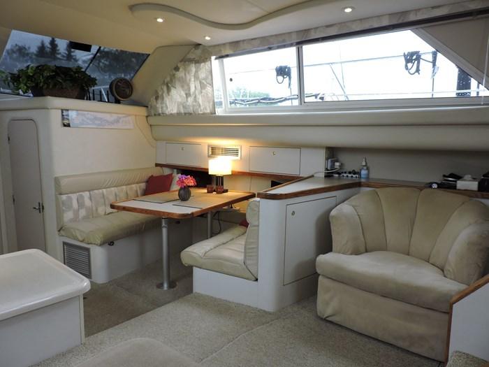 1997 Cruisers Yachts 3650 Motor Yacht Photo 39 of 74