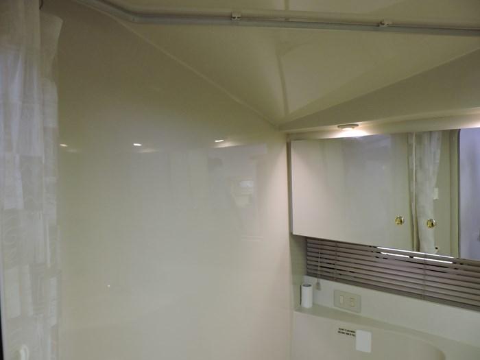1997 Cruisers Yachts 3650 Motor Yacht Photo 55 of 74