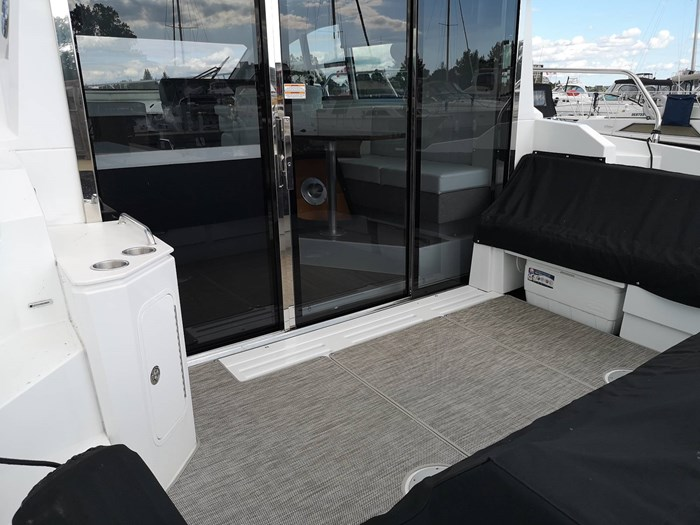 2019 Cruisers Yachts 42 Cantius Photo 6 sur 20