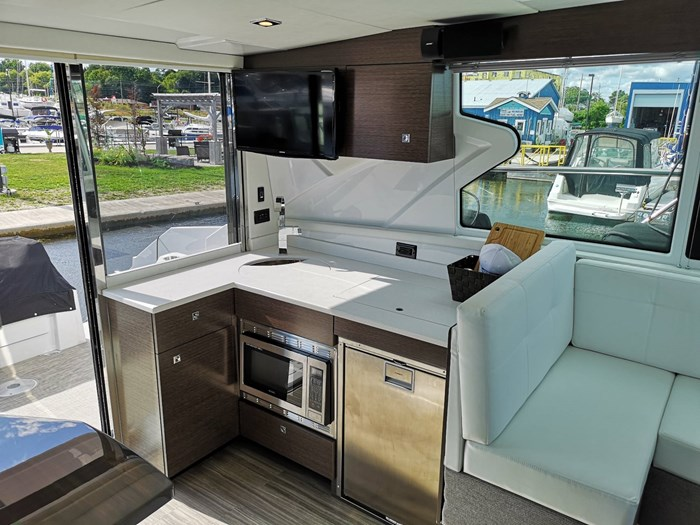 2019 Cruisers Yachts 42 Cantius Photo 15 sur 20