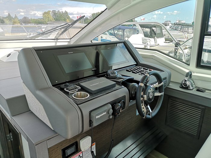 2019 Cruisers Yachts 42 Cantius Photo 17 sur 20