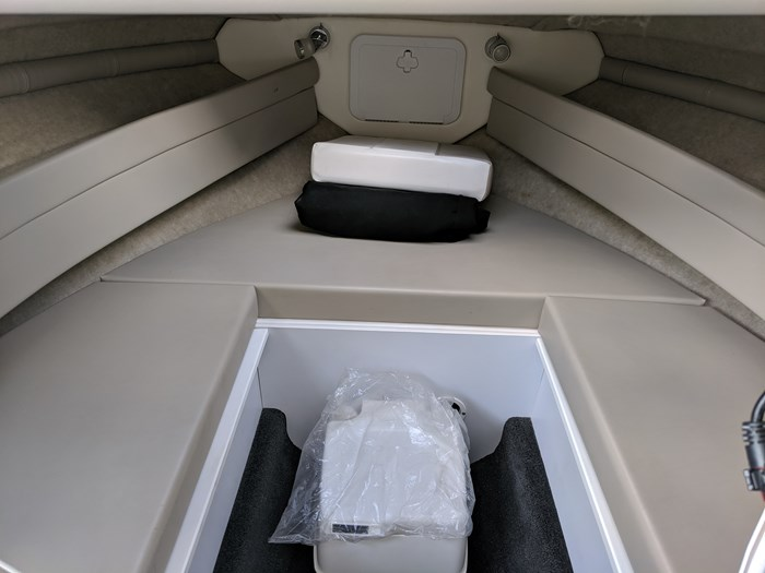 2012 Campion 622 Explorer Sedan Photo 11 sur 14