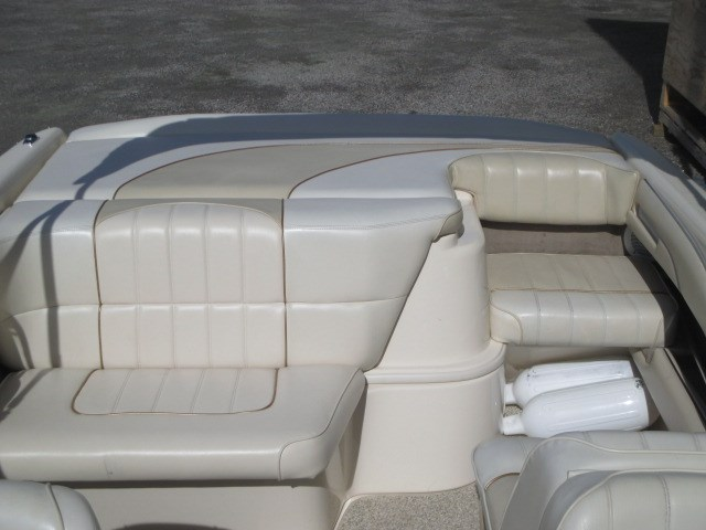1996 Sea Ray 230BRSS Photo 10 of 21