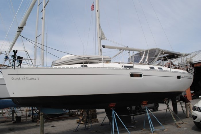 1998 Beneteau Oceanis Photo 4 of 34