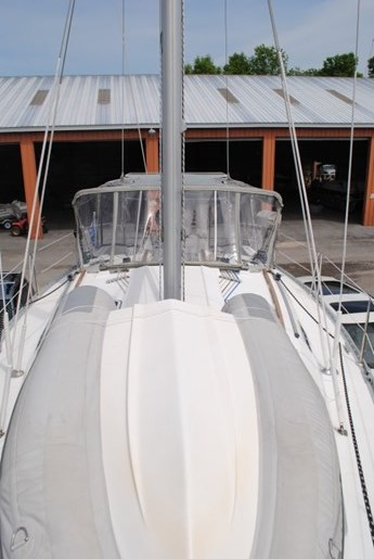 1998 Beneteau Oceanis Photo 8 of 34