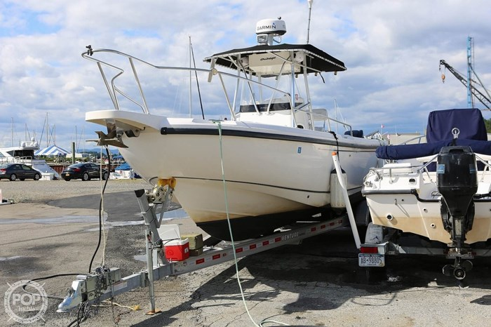 2002 Boston Whaler 260 Outrage Photo 13 sur 20