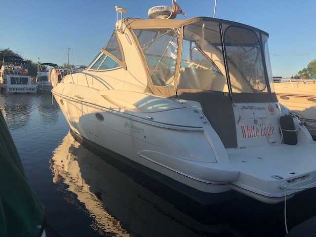 2006 Cruisers Yachts 340 Express Photo 3 sur 36