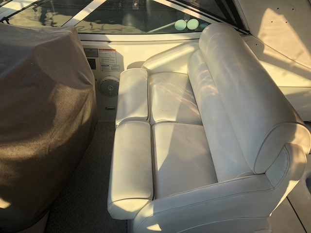 2006 Cruisers Yachts 340 Express Photo 10 sur 36