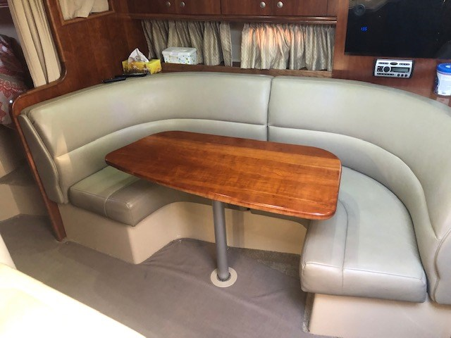2006 Cruisers Yachts 340 Express Photo 25 sur 36