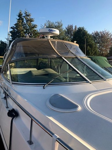 2006 Cruisers Yachts 340 Express Photo 5 sur 36