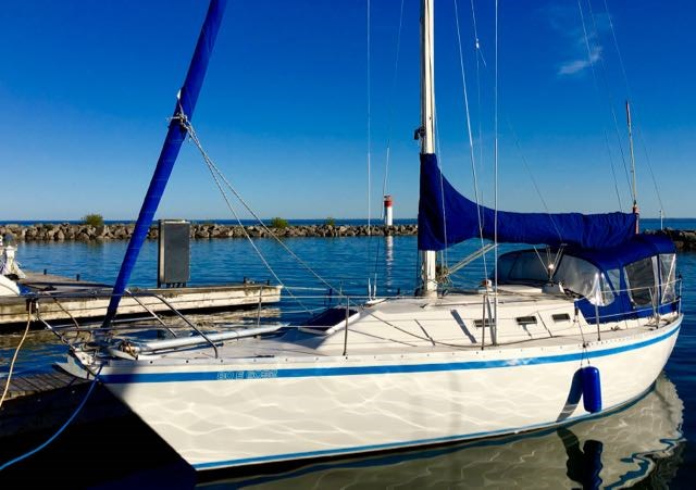 1988 CS Yachts CS 33 Sloop Photo 1 sur 15