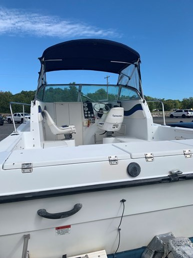 2000 Seaswirl 210 Striper Photo 4 of 7