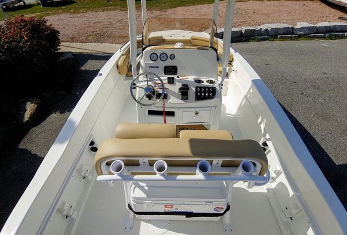 2020 NauticStar 231 Hybrid Photo 5 of 10