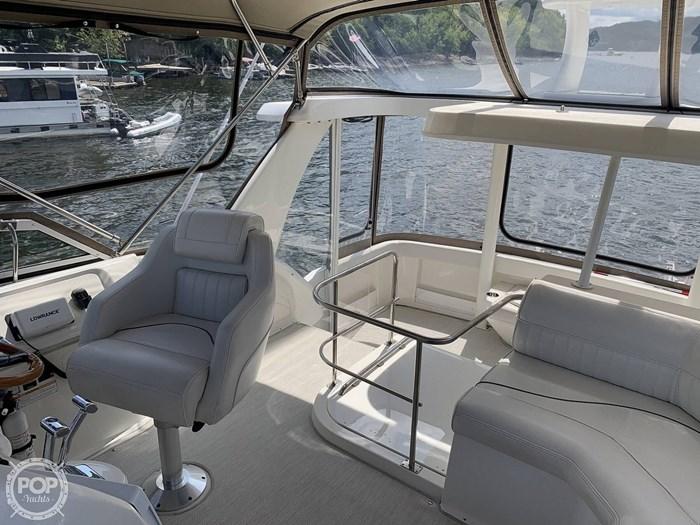 2001 Cruisers Yachts 3750 Motor Yacht Photo 20 sur 20