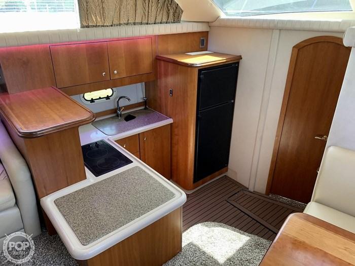 2001 Cruisers Yachts 3750 Motor Yacht Photo 3 sur 20