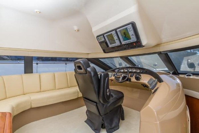 2003 Carver 570 Voyager Pilothouse Photo 7 of 40
