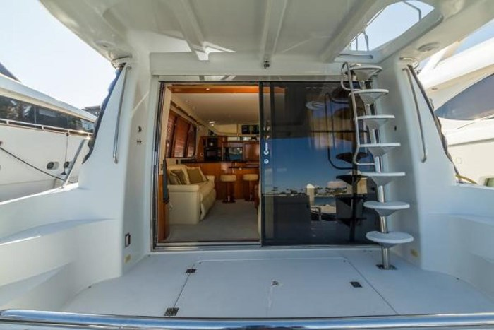 2003 Carver 570 Voyager Pilothouse Photo 10 of 40