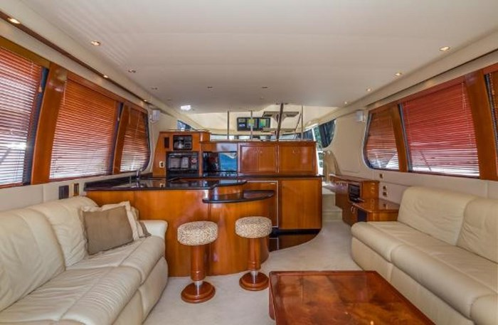 2003 Carver 570 Voyager Pilothouse Photo 12 of 40