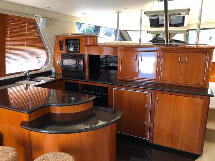 2003 Carver 570 Voyager Pilothouse Photo 14 of 40