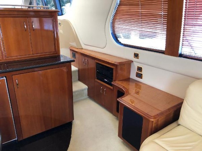 2003 Carver 570 Voyager Pilothouse Photo 16 of 40